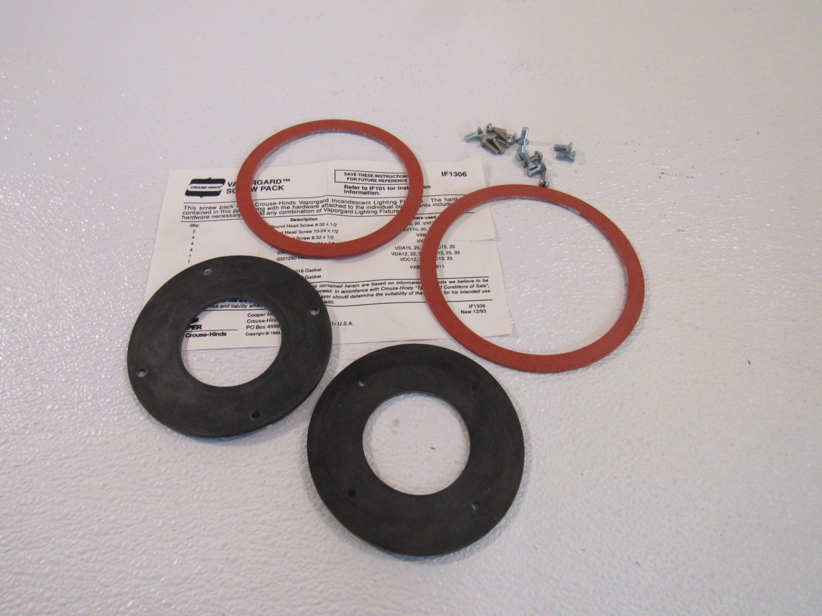 Crouse Hinds Vaporgard Screw And Gasket Pack 4 Gaskets 18 Screws IF1306