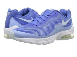 Nike air max invigor women print size 5 blue MSRP$90 - $57.00