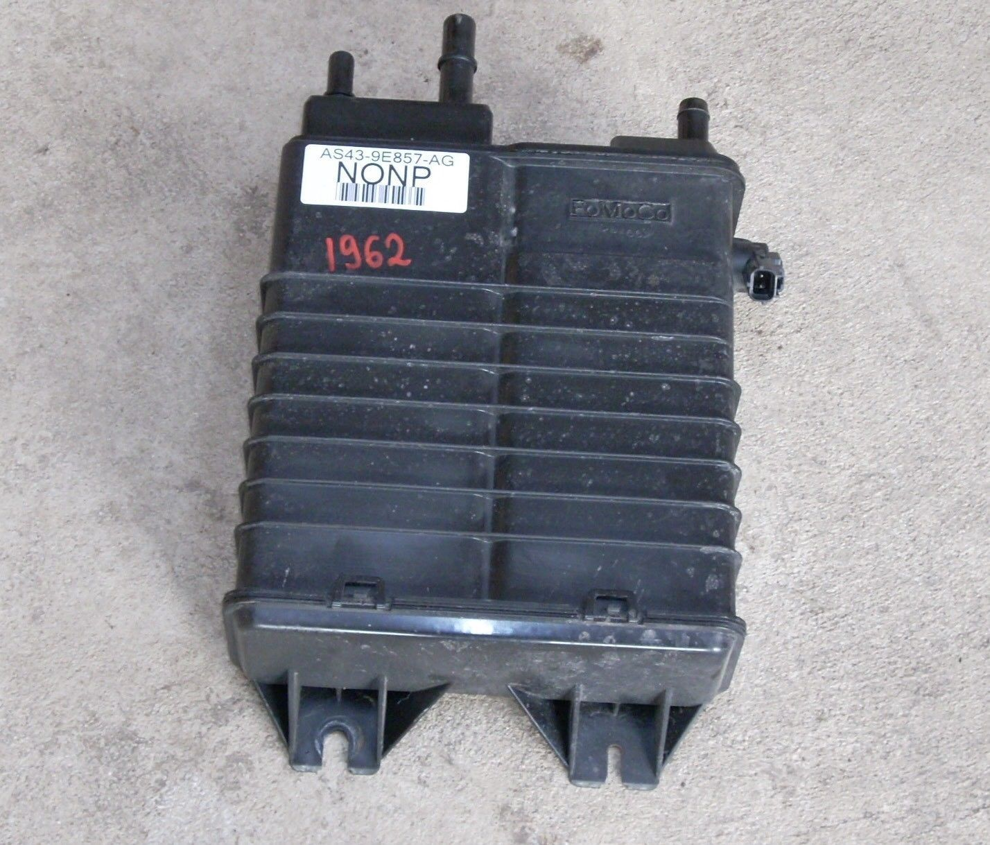 2014 FORD FOCUS CHARCOAL FUEL VAPOR CANISTER OEM