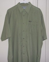 Columbia Mens XL Embroidered GRT Button Front Short Sleeve One Front Poc... - $17.96