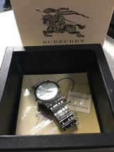 """Burberry BU1350 Wrist Watch for Men Fits Up To A 7"""" Wrist Comfortably - $111.30 CAD"""
