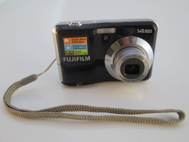 Fujifilm FinePix AV200 14 MP Digital Camera Fujinon 3x Optical Zoom Lens  - $37.61