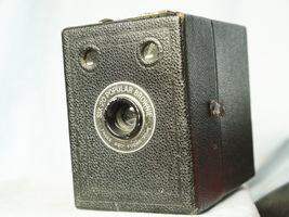 Kodak Six 20 Popular Brownie Vintage  Box Camera - Nice - - $12.00