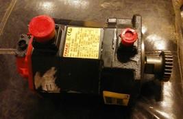 NEW OEM Fanuc AC Servo Motor A06B-0235-B605 #S037 AIS 8/4000 A860-2010-T341 image 1