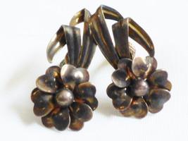 VTG 12k GF Retro Flower design screw clip earrings - $20.59