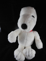 """Snoopy Peanuts Applause Vintage 14"""" with red collar Great clean condition - $17.81"""