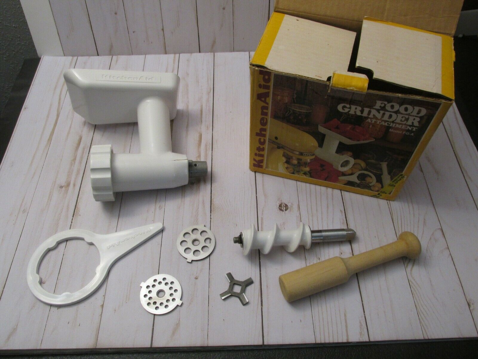 Primary image for L FOOD GRINDER ATTACHMENT FOR KITCHENAID MODEL FG-A ~