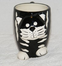 BURTON & BURTON BLACK & WHITE CHESTER THE CAT 10 oz CERAMIC COFFEE MUG EUC - $10.99