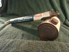Vintage Gulf Oil 32 oz  - Gulfspray Space Sprayer Insect Spray Quick Act... - $24.75