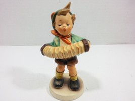 Goebel Hummel Vintage ACCORDION BOY Figurine nro. 185 (Germany 1994) Las... - $48.01