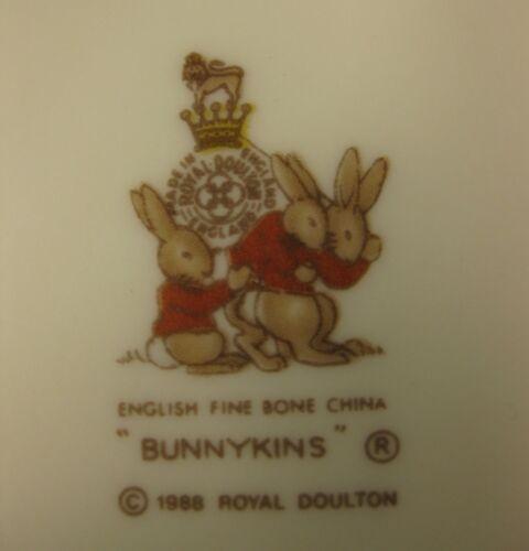 Royal Doulton Bunnykins Soup Cereal Bowl SCHOOL GATES Bone China England Vtg image 4