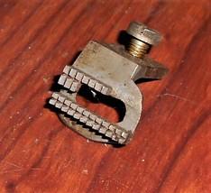 Singer 99 Feed Dog #32600 w/Mounting Screw #191 - $10.00