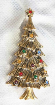 Festive BJ Rhinestone Gold-tone Christmas Tree Brooch 1960s vintage - $19.75