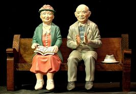 Ceramic Man and Woman on a Bench AA20-2126 Antique image 5