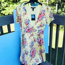 Forever 21 Yellow Floral dress size small - $26.73