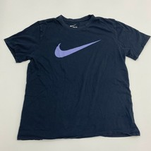 Nike T-Shirt Mens Large Athletic Fit Black Swoosh Short Sleeve Casual - $17.99