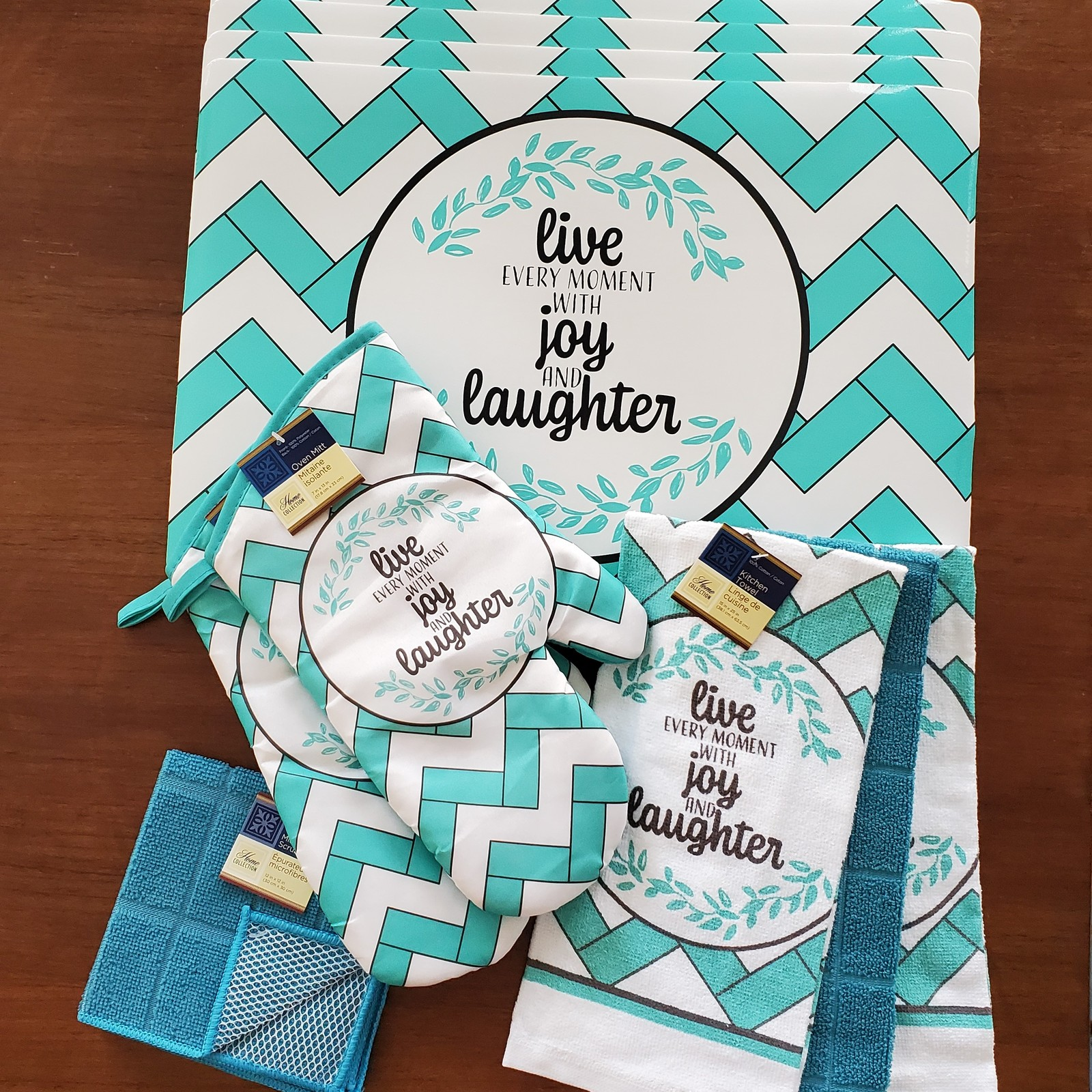 Livejoylaughter placemats 11pc