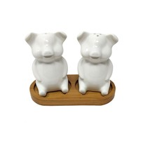 CREAM PIGS SITTING CERAMIC SALT AND PEPPER CRUET SET WITH BAMBOO HOLDER - £18.16 GBP