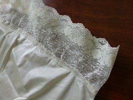 Ivory half slip, women's slip, long lace slip, Sz Small - $27.10
