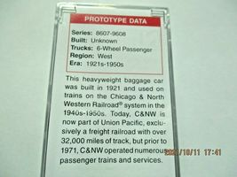 Micro-Trains # 14700430 Chicago & North Western 70' Heavyweight Baggage N-Scale image 4