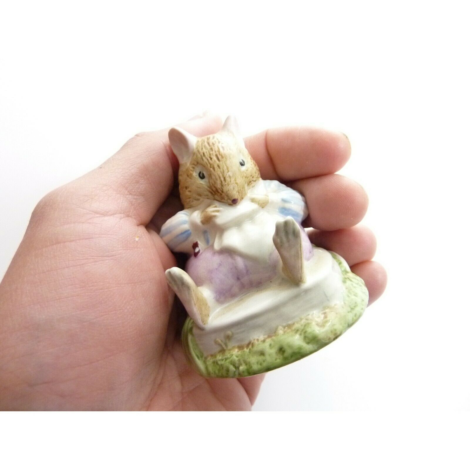 Vintage Mr Toadflax, no cushion, tail on side Royal Doulton figurine image 5