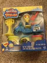 Play-Doh Town Police Motorcycle Hasbro Play-Doh Play Set NEW IN BOX - $12.35