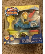 Play-Doh Town Police Motorcycle Hasbro Play-Doh Play Set NEW IN BOX - $12.38