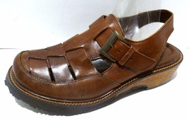 bc. Womens Earth Shoes Holly10 Brown Leather Fisherman Sandals Size 6M - $18.99