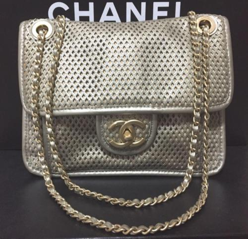 cee5e05b754b70 Auth CHANEL Shoulder Bag Silver Matelasse and 10 similar items. 12