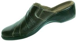Clarks Bendables Women's Pebbled Brown Leather Comfort Slip On Mule Shoe... - $30.98