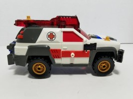 2001 Hasbro Takara Transformer Armada RED ALERT Action Figure Incomplete - $9.69