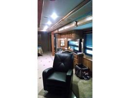 2014 WINNEBAGO ELLIPSE 42QD For Sale In Stevensville, MT 59870 image 3