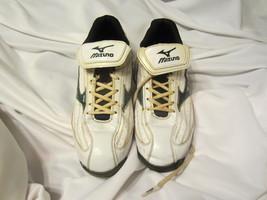 Mizuno 9 Spike Classic Baseball Cleats Size:11.5 White/Green  - $15.00