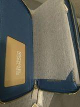 Michael Kors Signature Jet Set Large Double Zip Wristlet - Vintage Blue image 9