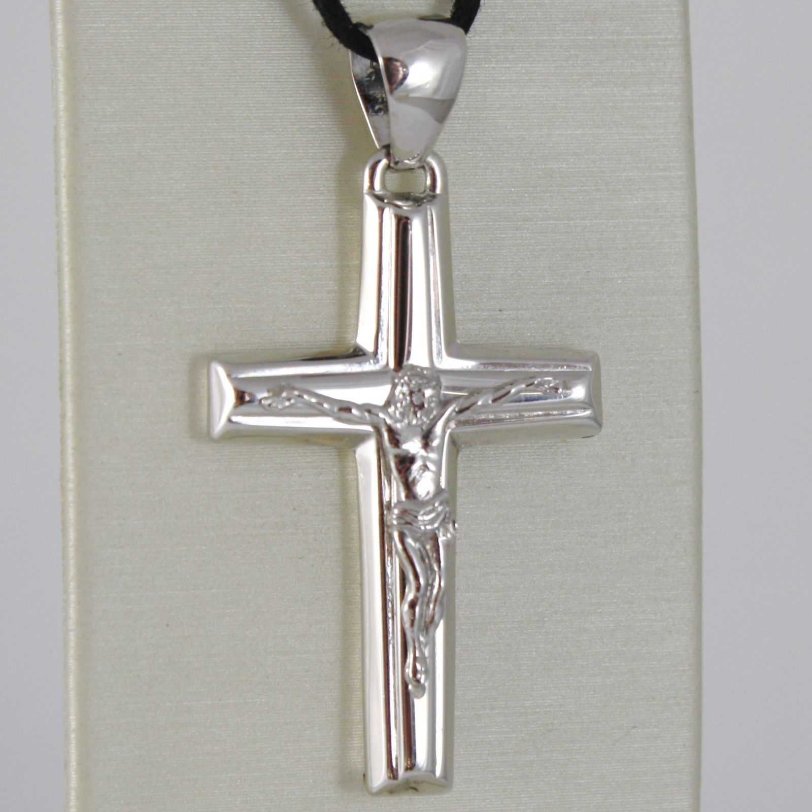 18K WHITE GOLD CROSS VERY SHINY WITH JESUS CHRIST MADE IN ITALY 1.57 INCHES