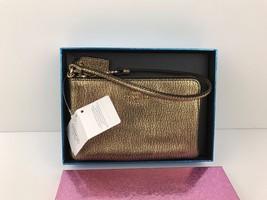 Coach F64755 LI Gold Leather Corner Zip Wristle... - $39.00