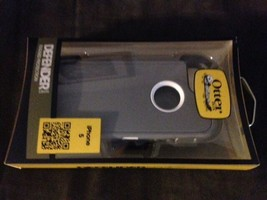 BRAND NEW OtterBox Defender Series iPhone 5 Case & Holster   Gray