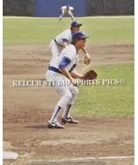 ROOKIE Ryne Sandberg Chicago Cubs Third Base 1982 Orig Action Pic Variou... - $4.23+