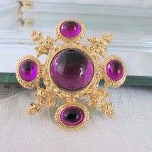 Runway Ornate Violet Purple Gripoix Glass Pin Brooch Mirror Cabochon Gol... - $22.50