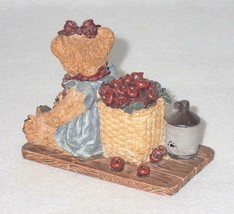 Boyd Bearstone Resin Bears Bailey In The Orchard Figurine #2006 18E NEW IN BOX image 2