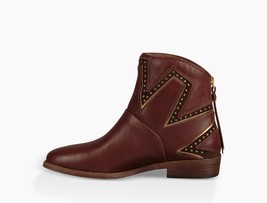 UGG Womens Lars Boots Brown - $131.01