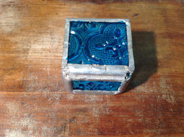 Teal Embossed Glass Ring Box Mirrored Bottom Paisley Designed Glass Handmade image 4
