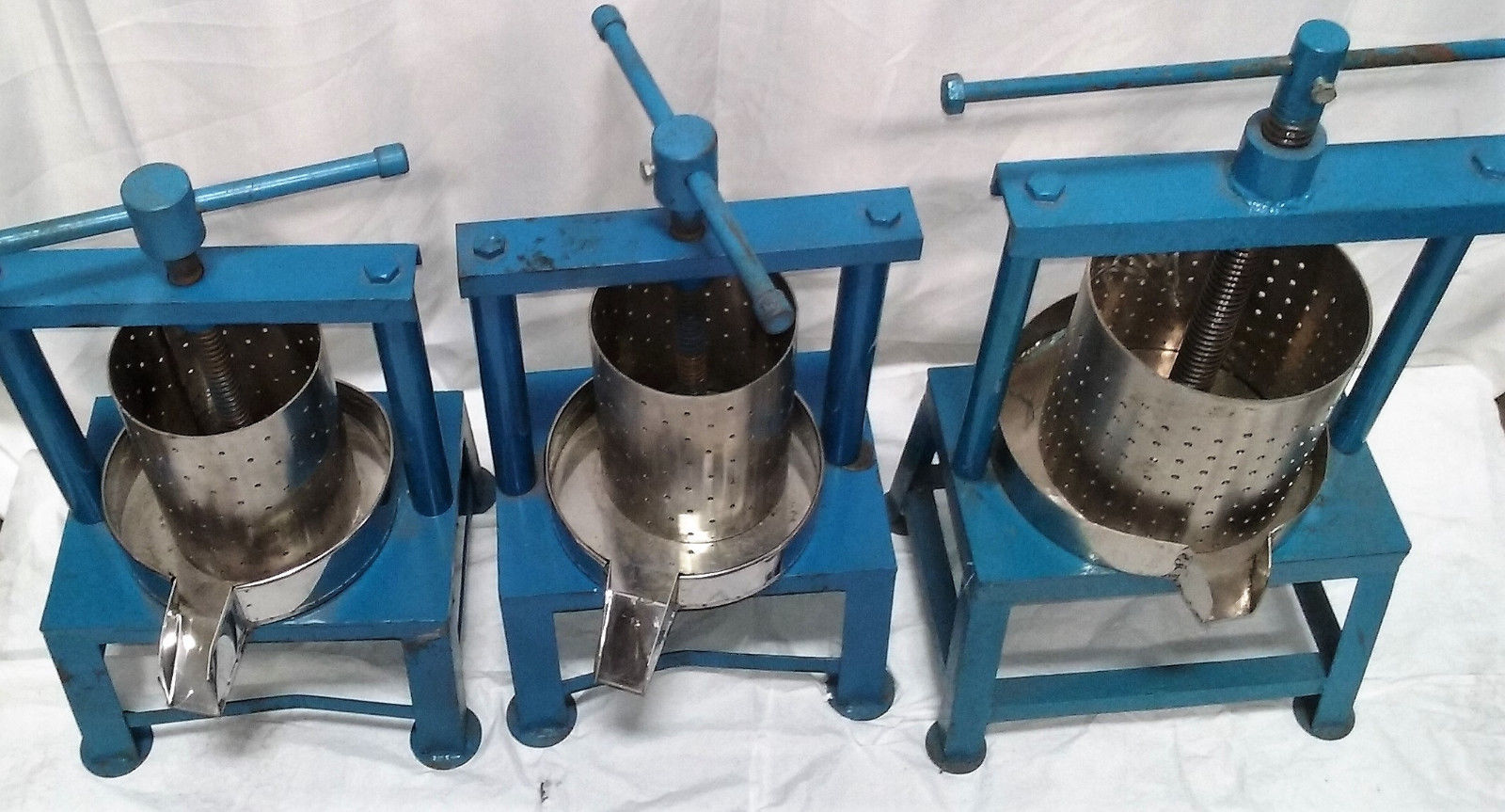 Industrial Juicers Lot Of 3 2 small and 1 large Commercial Kitchen Equipment