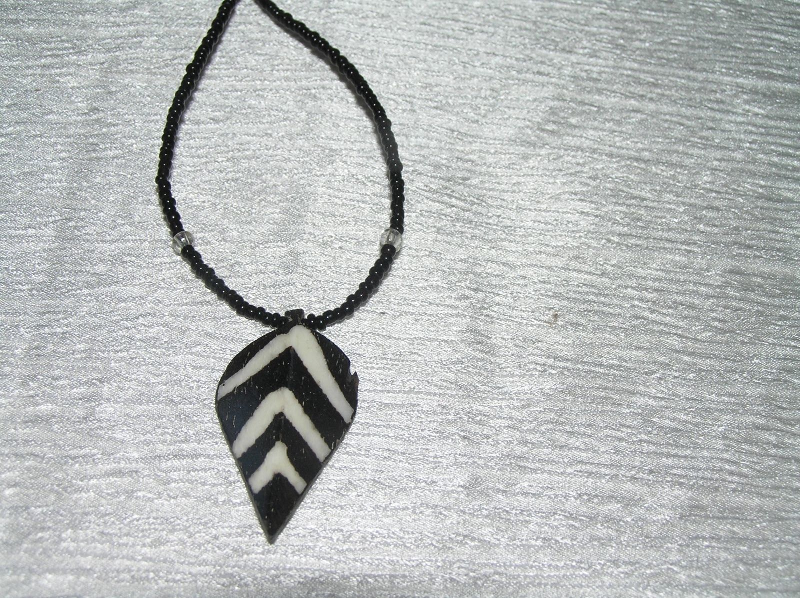 Estate Tiny Black Glass Bead with Rustic Striped Wood Leaf Pendant Necklace –