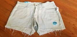 """NEW Old Navy women's cutoff jean shorts 3.5"""" inseam low rise light wash 10 NWT - $28.04"""