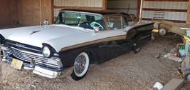 1957 Ford Galaxy 500 Skyliner FOR SALE IN Chico, CA 95973 image 2