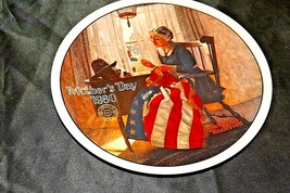 """""""A Mother's Pride"""" by Norman Rockwell Commemorative Plate AA20-CP2211A Vintage"""