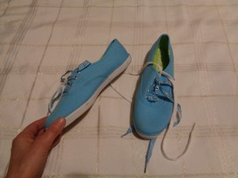 womens keds champion blue canvas tennis shoes size 7 1/2 - $20.78
