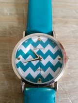 Geneva Platinum Watch.Green.Working. - $18.69