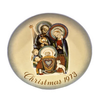 "Sister Berta HUMMEL 1973 Collector Series Christmas Plate ""The Nativity""... - $8.88"